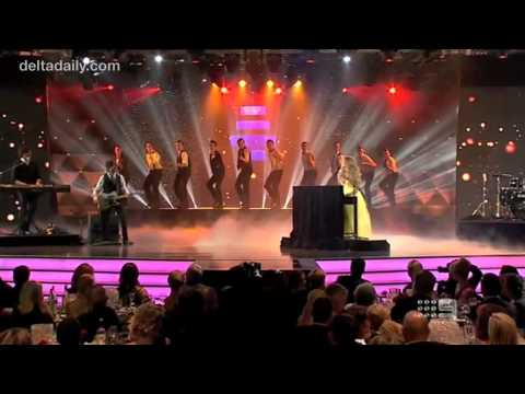 Delta Goodrem - 'Sitting on Top of the World' Live at the Logie Awards (April 15, 2012)