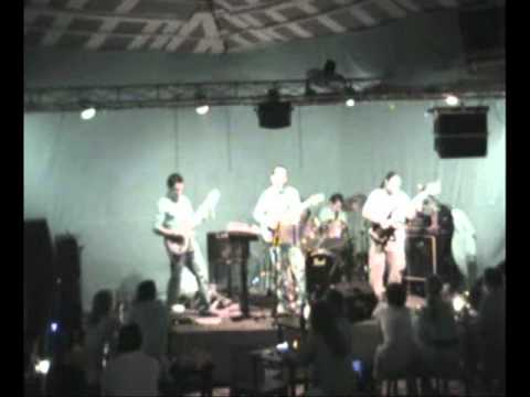 CHIVARAYA rockBand, Saratoga, Oscura la luz cover.....wmv