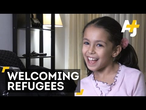 Children's Choir Welcomes Refugees to Canada
