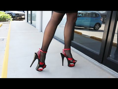 review-pleaser-moon-728-red-black-two-tone-7-inch-high-heel-shoes-with-cut-out-platform-with-catie