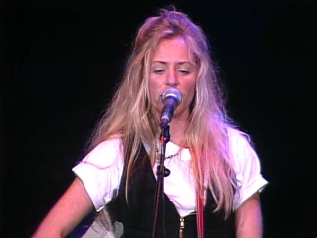 Deanna Carter - Turn Those Wheels Around (Live at Farm Aid 1994)