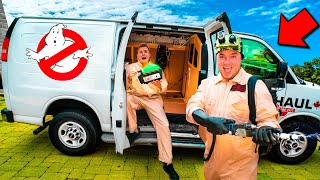 GHOSTBUSTERS Box Fort Car Fort! Catching Real Life Ghosts (Scary)
