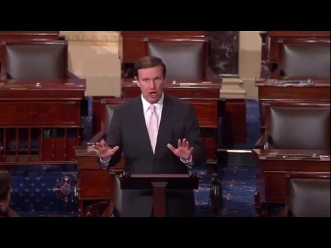 US Sen.Murphy Warns that the Federal Govt is About to Declare International Martial Law