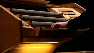 BACH - TOCCATA & FUGUE IN D MINOR - JONATHAN SCOTT (BRIDGEWATER HALL ORGAN)