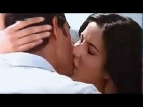 Katrina Kaif All Sexy Kiss Scene In Bollywood Movie thumbnail