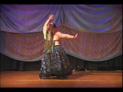 Arab bbw belly dancer