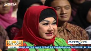 Download Video Dewi Motik Ungkapkan Rahasia Awet Muda Titiek Puspa MP3 3GP MP4