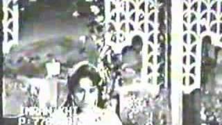 Tarapna Bhi Humein Aata