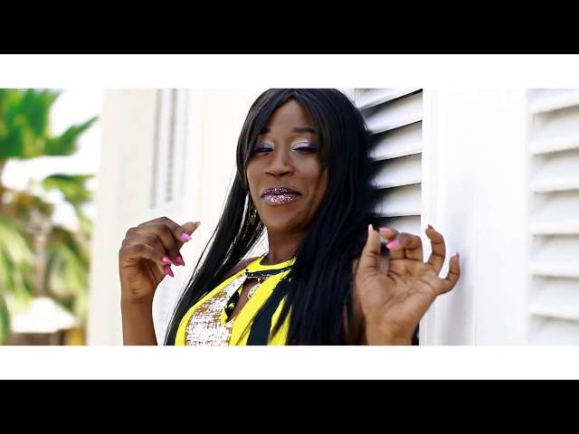 Miss Emeraude   Femme Afrika  Clip Officiel byNette Royale bon