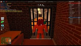 how to glitch on roblox jailbreak