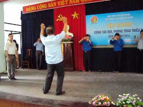Bài múa Tiến lên đoàn viên 2013