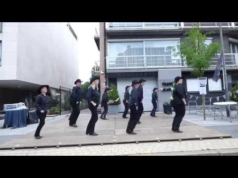 The Grizzly Linedancers - Gevorderden - Dorpsdag Brasschaat 4/9/16 - demo 17u30