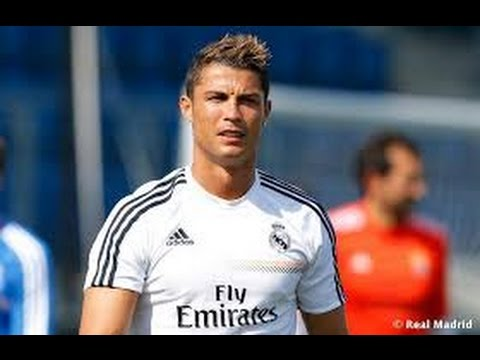 Cristiano Ronaldo 2013 Hairstyle With Highlights