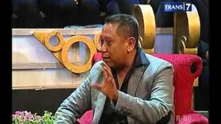 Download lagu OVJ : Biografi Tukul Arwana Eps.Bukan wong ndeso biasa - 12 Maret 2013