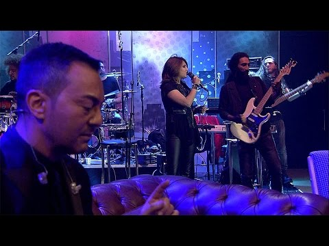 Beyaz Show - Beyaz'dan, Serdar Ortaç'a Yeni Yıl Sürprizi!