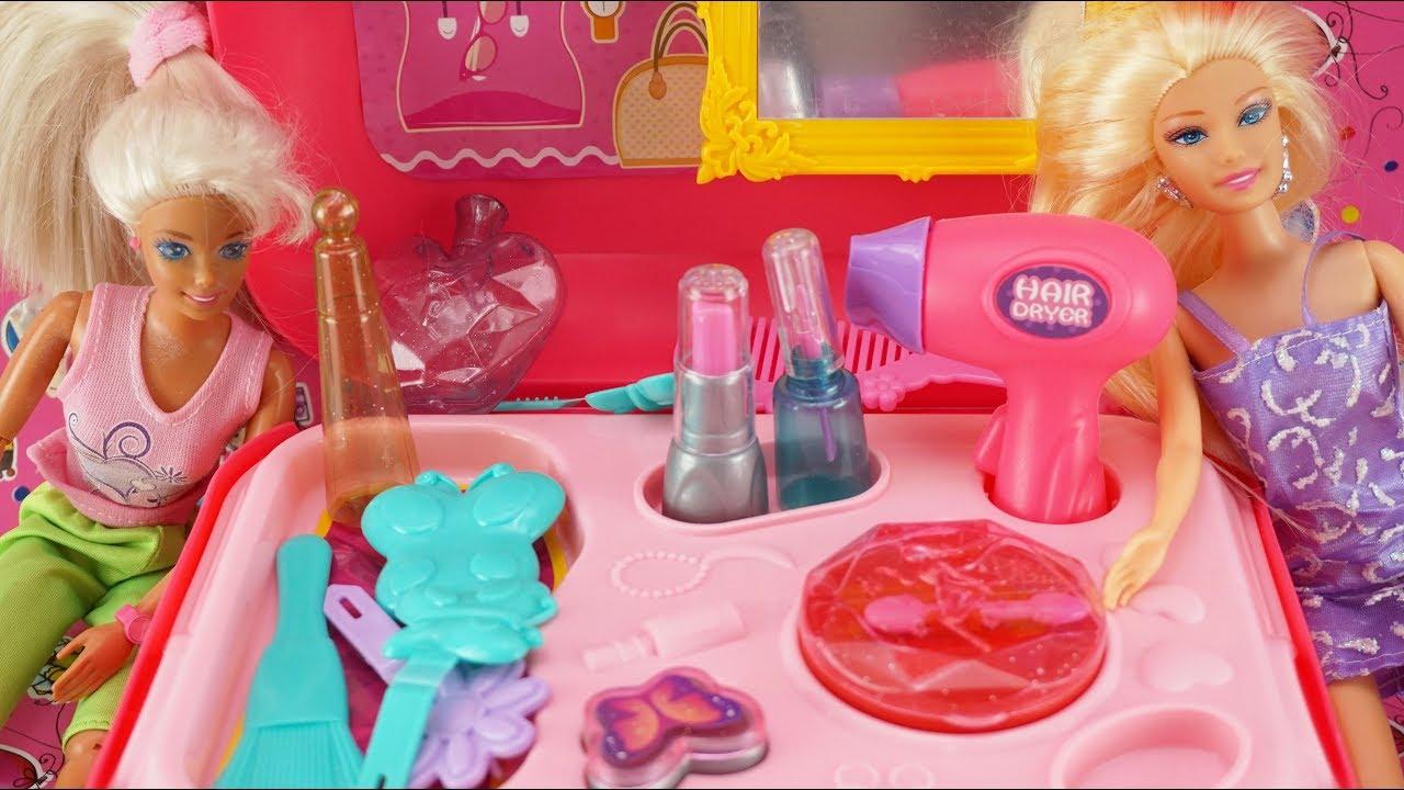 Mainan Anak Perempuan Barbie Dandan Girl Toys Barbie Make Up Toys Barbie Dandan Di Salon Mainan Anak Youtube