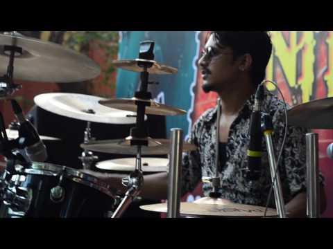 FAKIRA Live soundcheck, bunty da's drumming