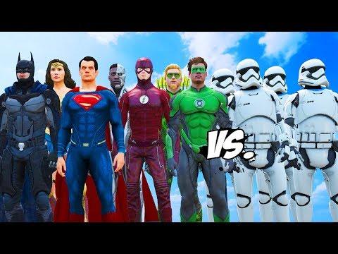 STORMTROOPERS ARMY VS JUSTICE LEAGUE - BATMAN, SUPERMAN, FLASH, GREEN LANTERN, WONDER WOMAN, CYBORG