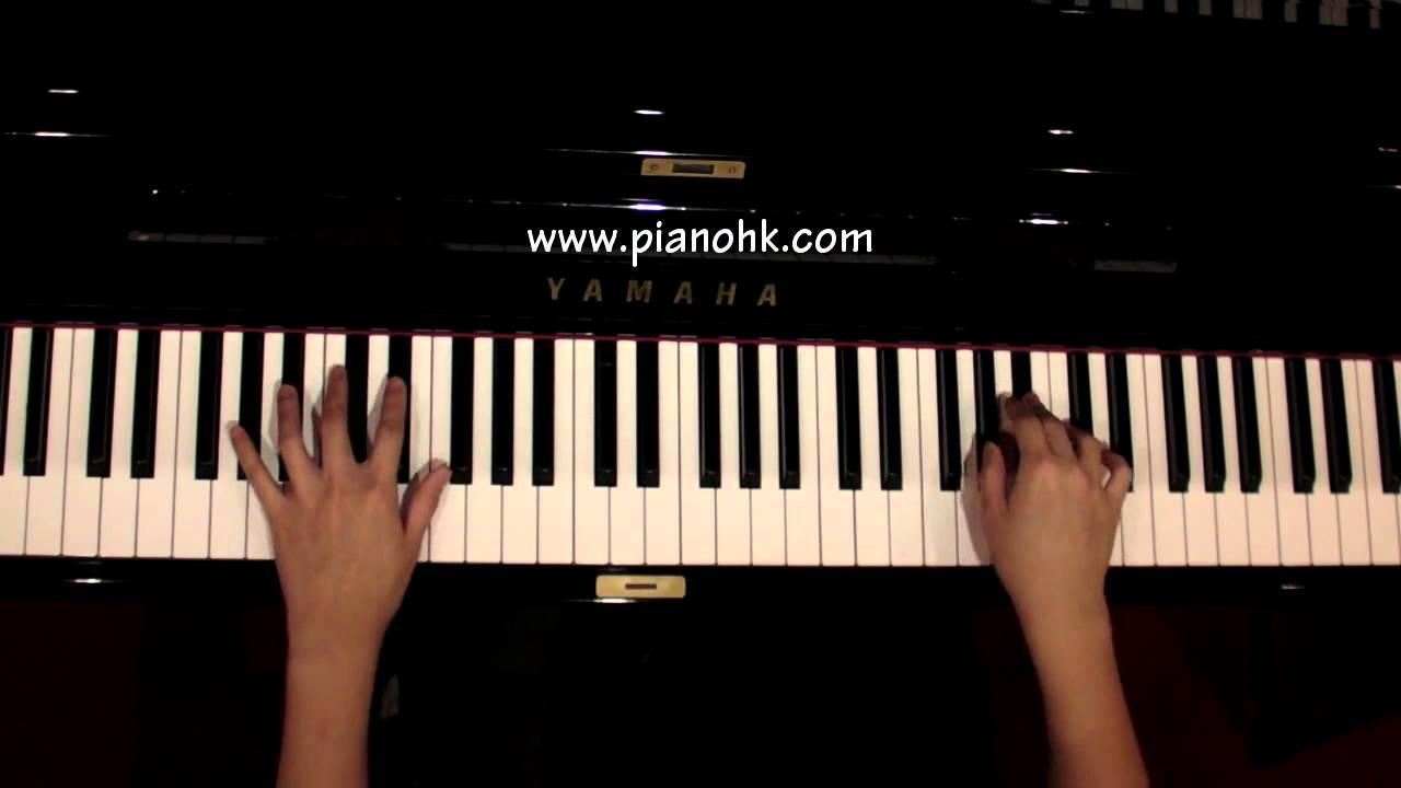 Frank sinatra send in the clowns piano youtube frank sinatra send in the clowns piano hexwebz Choice Image