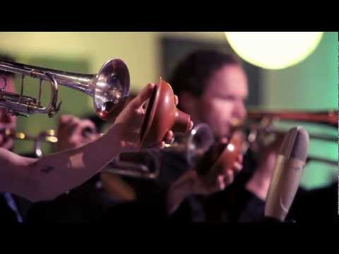 Snarky Puppy - Young Stuff (groundUP)