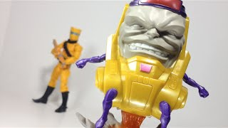 Review en Español Playmation Marvel Avengers MODOK + Colección Marvel Universe