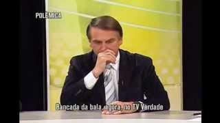 """""""Defendo pena de morte, prisão perpétua e que cada cidadão tenha uma arma"""", diz Bolsonaro"""