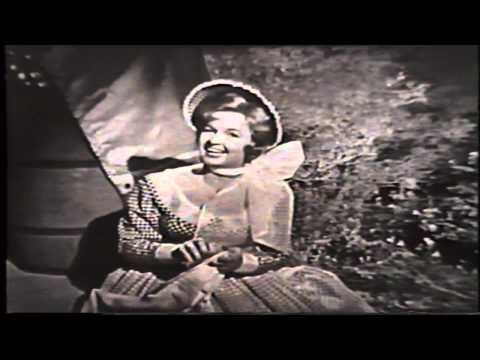 04 Wagon Wheels - Dale Evans & The Sons Of The Pioneers.avi