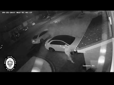 Unbelievable! Watch How Hi-tech Thieves Stole Mercedes In Just 1 Minute Without Using The Keys