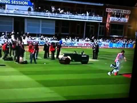 Cricket man falls in paint bucket