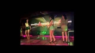 Vicky Shu Live V2 Bar And Fashion Show Sexy Dancer