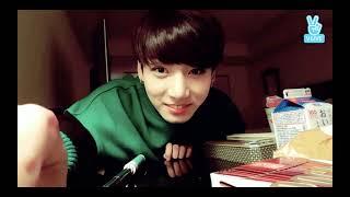 [ENG SUB] BTS Jungkook 1st solo Vlive Mukbang .11.29.2016 [All Subs Available] screenshot 4