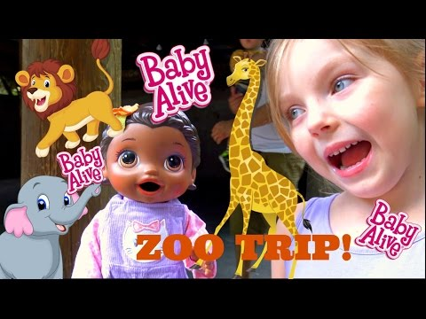Lilly and Mommy Go To The ZOO!! Baby ALIVE FUN DAY Out! The Lilly and Mommy Show.