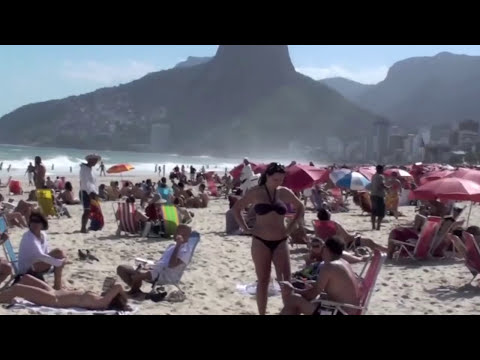 Heart-Shaped Ass.. Hot Brazilian Babes in Bikinis on Ipanema & Copacabana Beach Rio de Janeiro