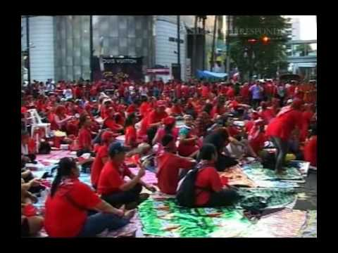 Thailand's Red Shirts defy state of emergency