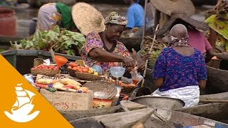The floating market of Benin