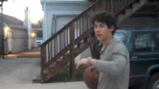 Nick Jonas: Basketball Extraordinaire