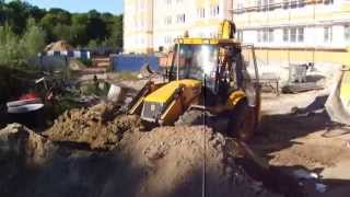 Погрузка лишнего грунта в самосвал трактором JCB 3CX - steh39.ru(Услуги экскаватора - погрузчика JCB 3CX по погрузке и вывозу лишнего грунта и строительного мусора с территор..., 2015-08-20T17:25:46.000Z)