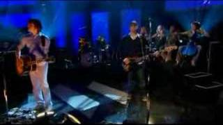 Athlete live @ Jools Holland, 2005.