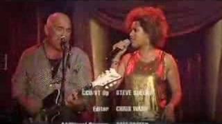 RocKwiz 1 duet: Christine Anu & Joe Camilleri