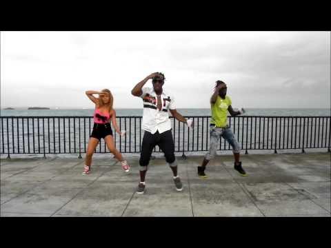 HOW TO DANCE LIKE A JAMAICAN