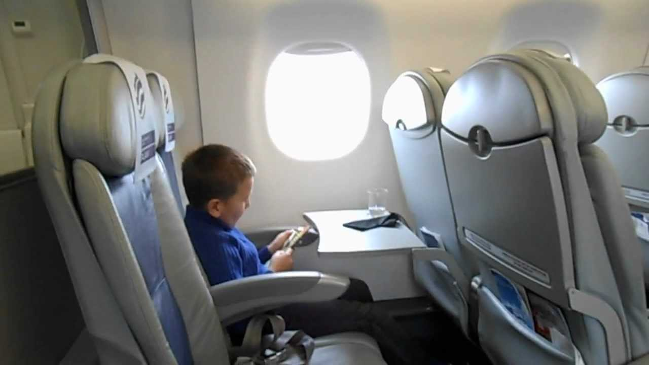 Cabin Vieuw Lot Polish Airlines Embraer 175 Youtube