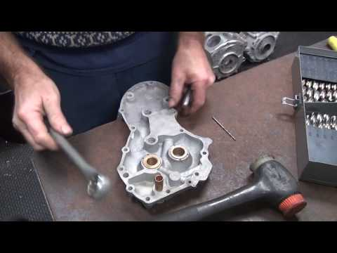 panhead to knucklehead 102 cam cover topend oil line feed drilling rebuild harley by tatro machine
