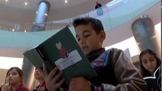 Minik Bibliyofiller Alışveriş Merkezinde Kitap Okudu