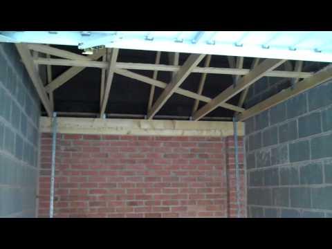 Kings Heath/Kings Norton, Birmingham, B30 - 2 single garages with car ports to let