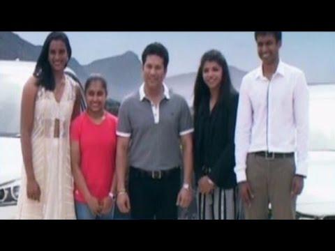 Tendulkar in the 'Company of champs:Presents PV Sindhu, Sakshi, Dipa and coach Gopichand BMW cars