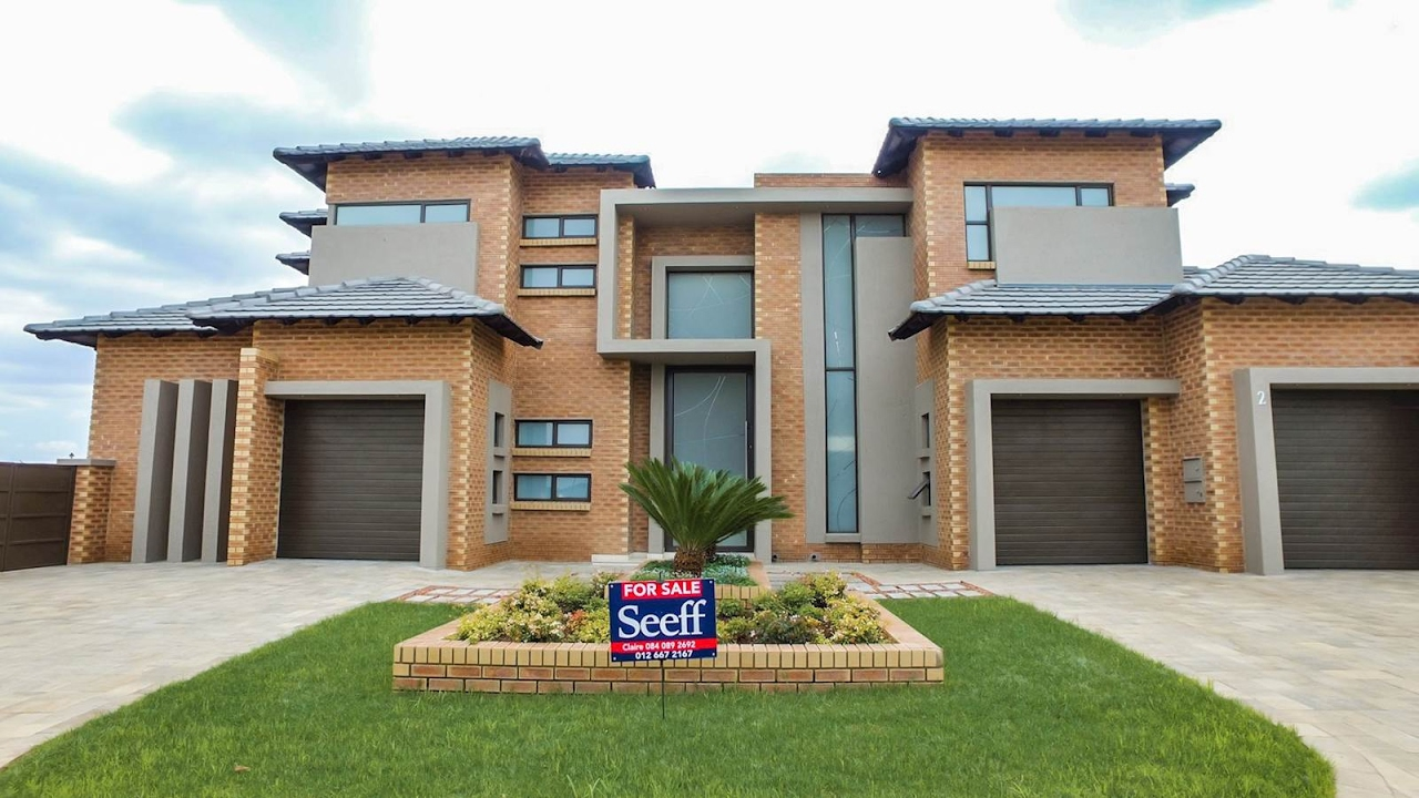 4 Bedroom House For Sale In Gauteng Centurion Centurion East Midstream Ridge