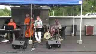 Video Don Rice and Bobby Jones Trio 6 download MP3, 3GP, MP4, WEBM, AVI, FLV Agustus 2018