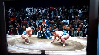 日本出身力士の優勝は10年ぶり。 琴奨菊、初優勝おめでとう! http://...