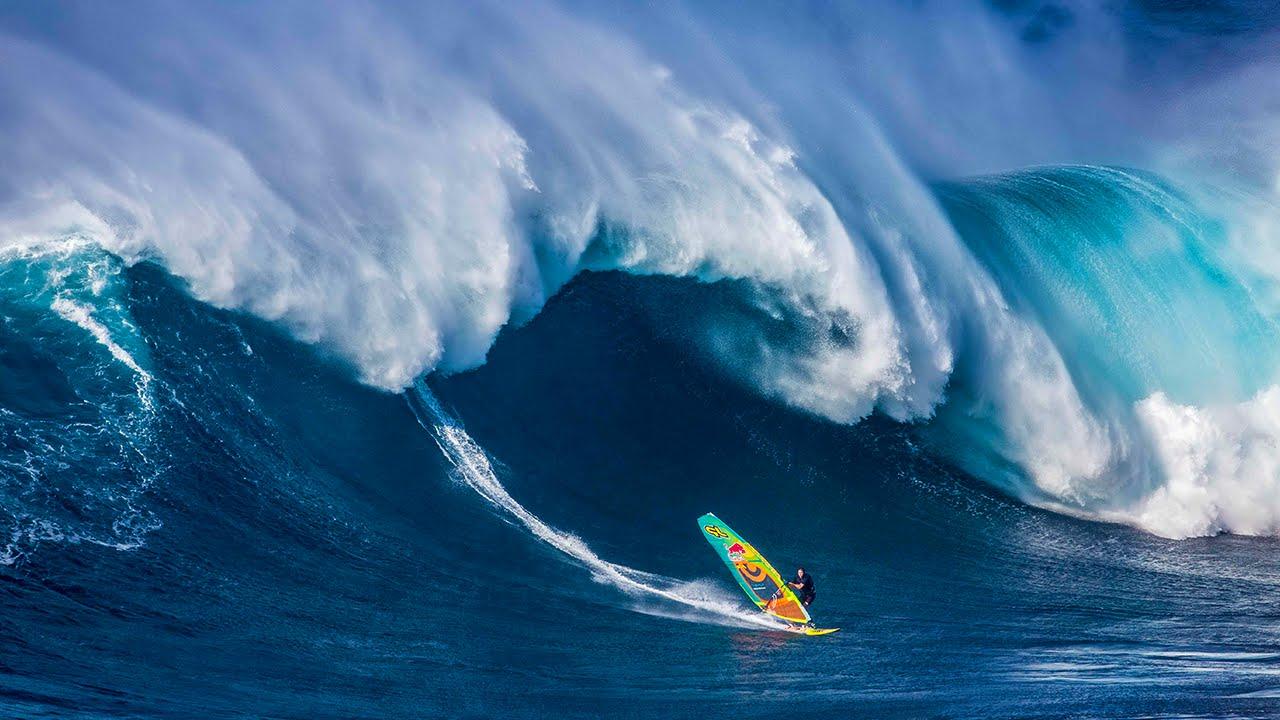 Hd Ocean Life Wallpapers Windsurfing Jaws On An El Ni 241 O Swell Jason Polakow