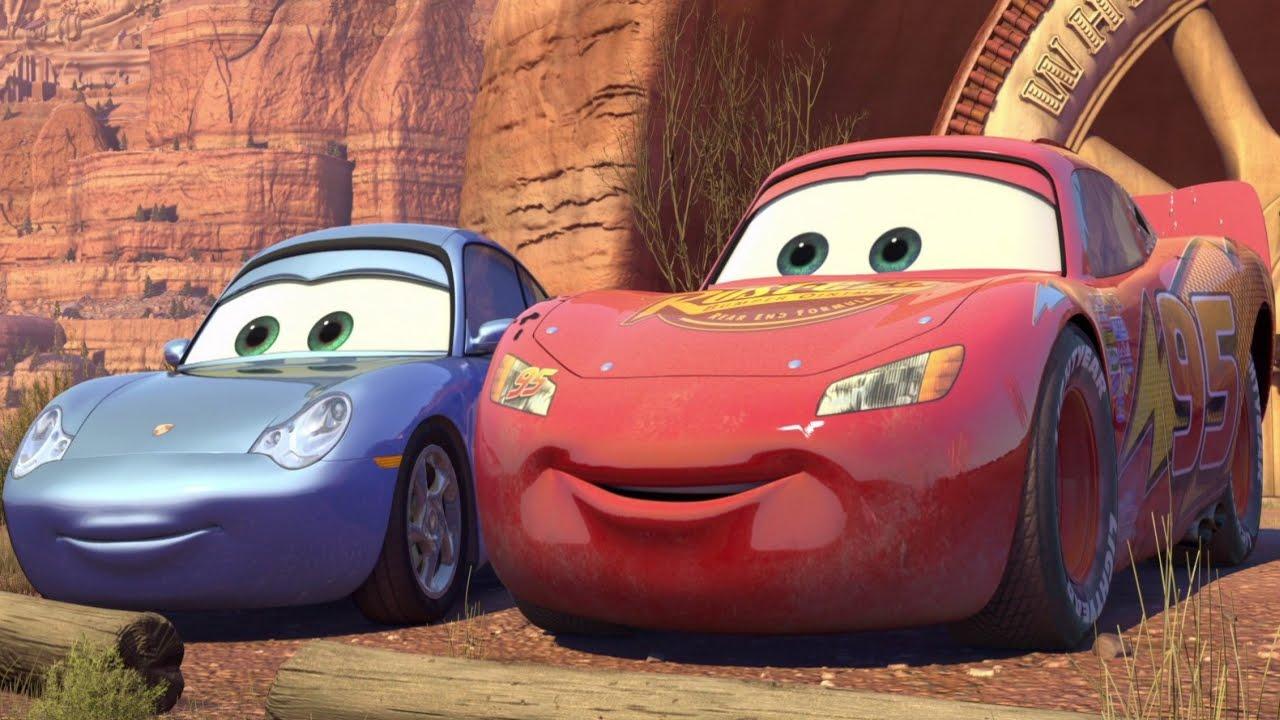 Disney Cars Sally's Wheel Well Sprint Race Date With Lightning McQueen